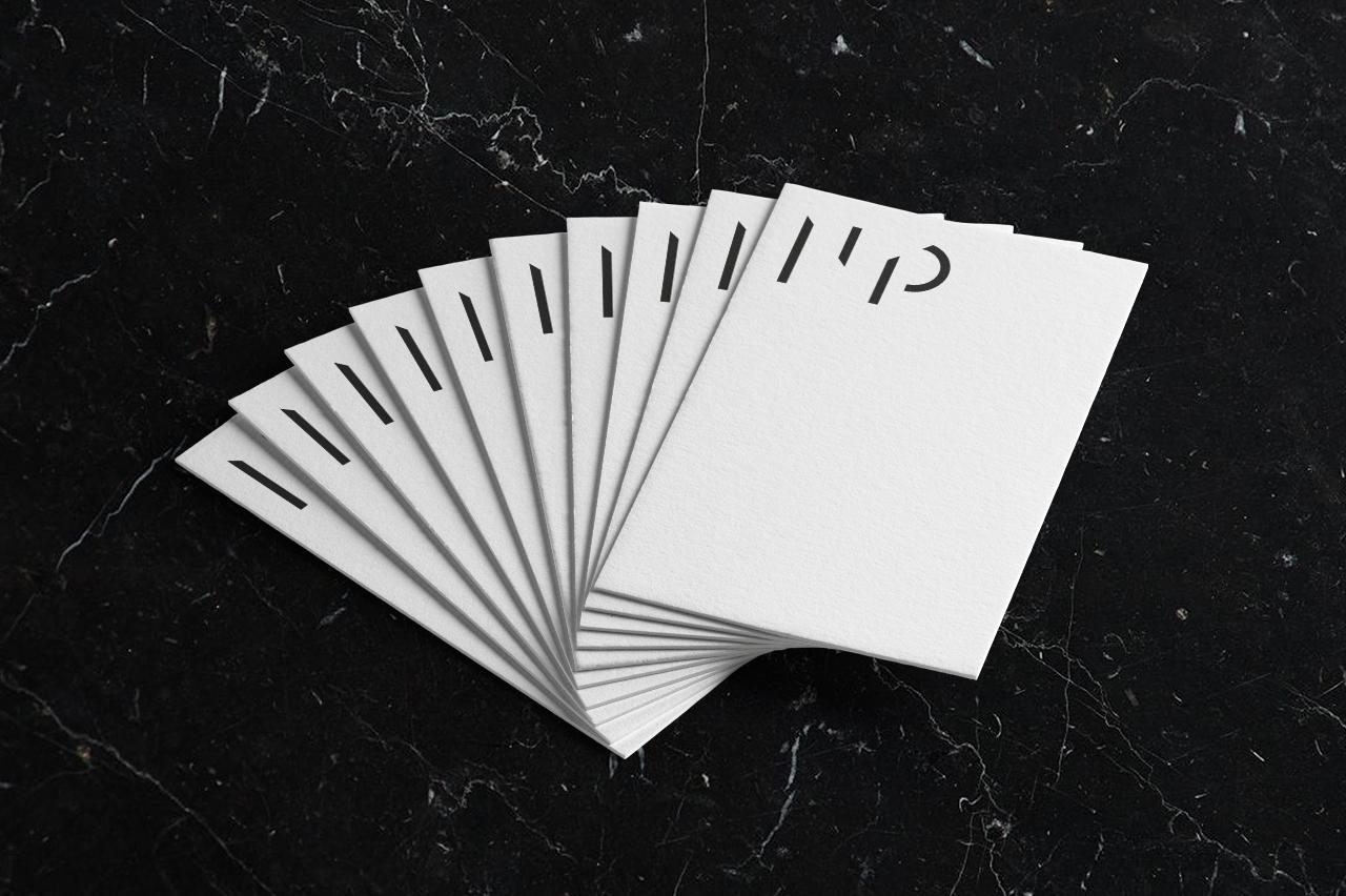 michel penneman, architecte d'intérieur bruxellois. Identité graphique, branding, stratégie de communication réalisé par Studio Fiftyfifty, agence de communication, de graphisme et de stratégie à Bruxelles.